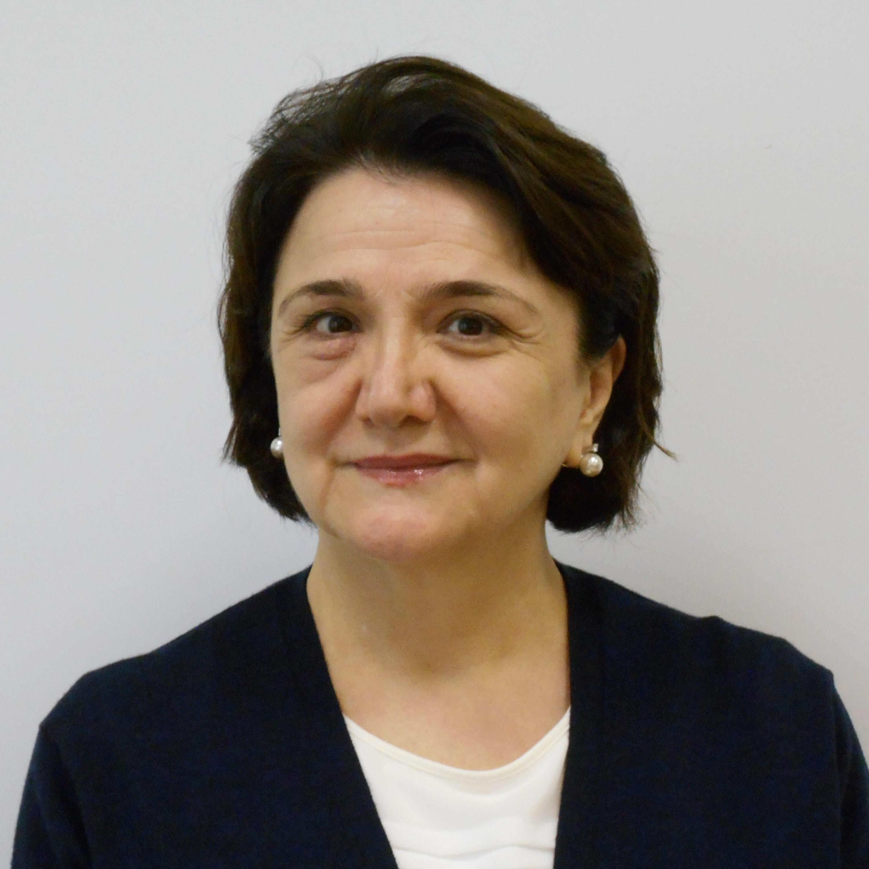 Шахманова Айшат Шихахмедовна