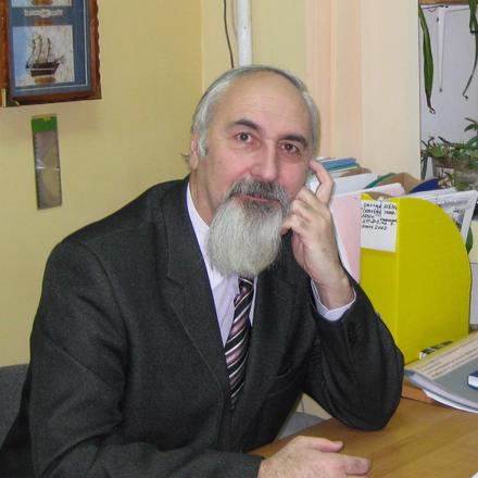 Агальцов Виктор Петрович