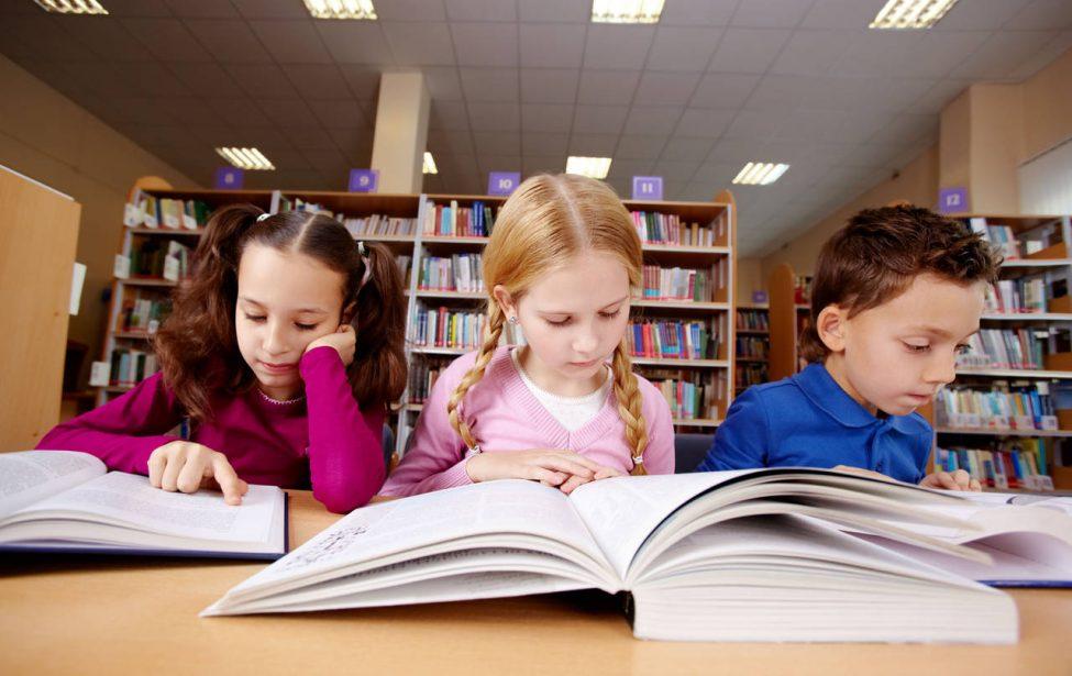 Вырастая, российские школьники перестают читать?