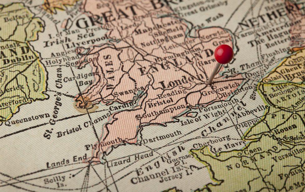 Награждены авторы англо-русского словаря географических терминов