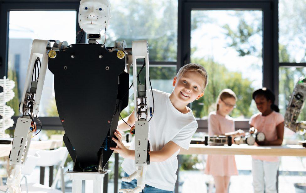МГПУ начинает обучать роботов