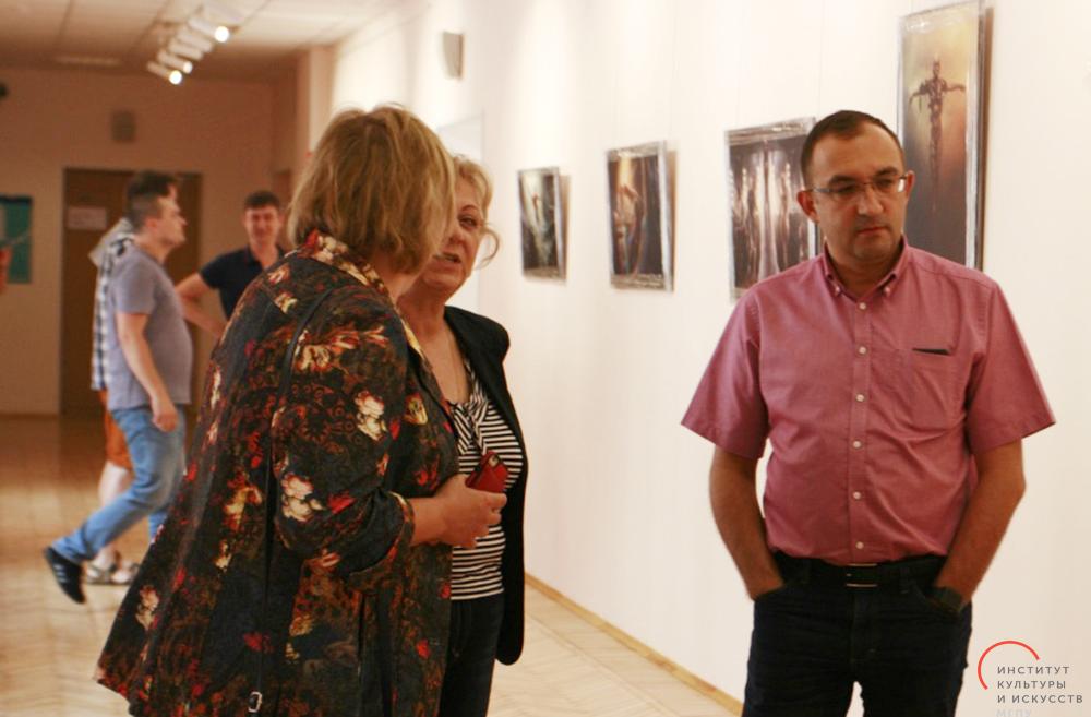 В МГПУ открылась выставка фотохудожника Владимира Бероева