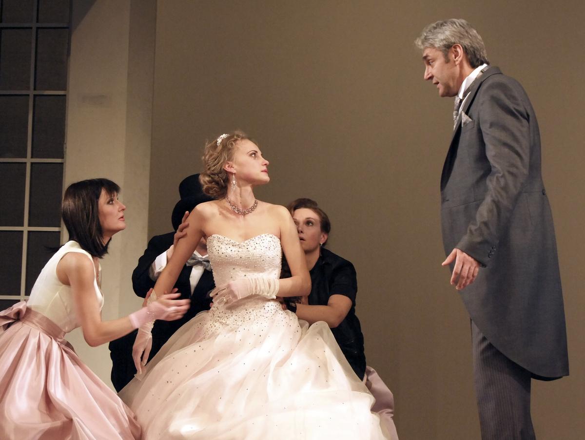 Театральные рецензии: Овечности шекспировской комедии