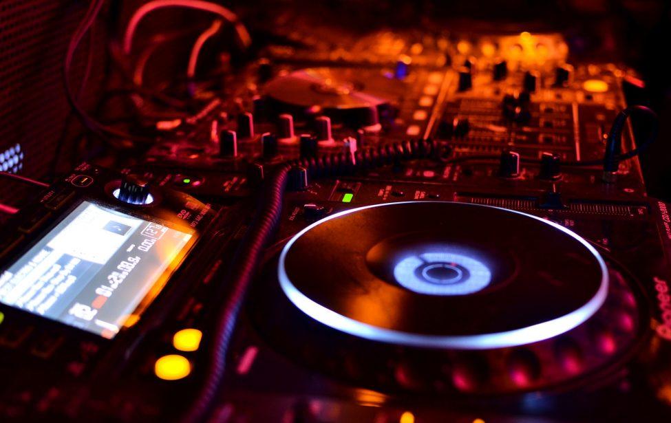 #КлассИКИ: создание электронной музыки вформатеFL studio