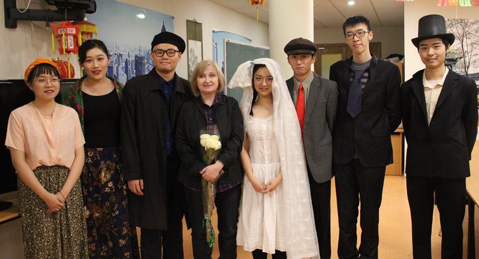 «Женитьба» Н.В. Гоголя висполнении китайских студентов