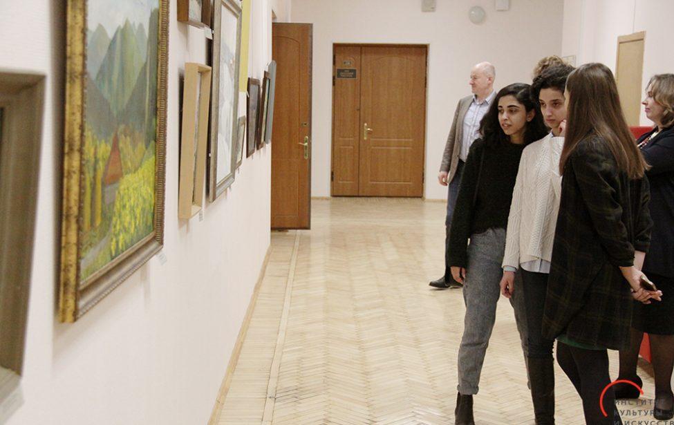 Юбилейная выставка профессора Валерия Корешкова