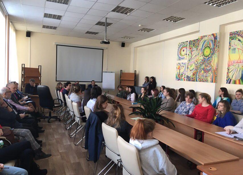 Проректор поучебной работе МГПУ встретился состудентами