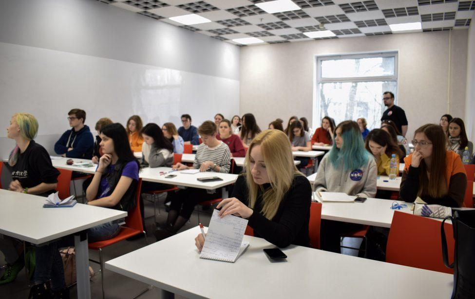 Первое занятие студенческой медиашколы «Sputnik»
