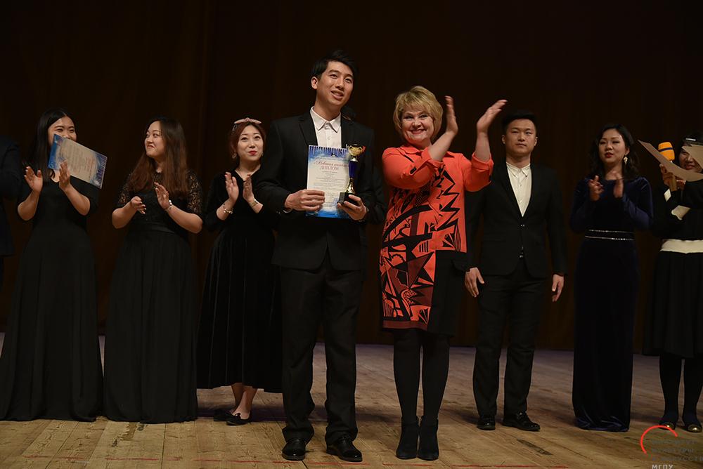 Вокалисты класса Цзяна Шанжуна— лауреаты «Невской капели»