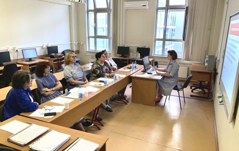 Аспиранты сдают государственный экзамен