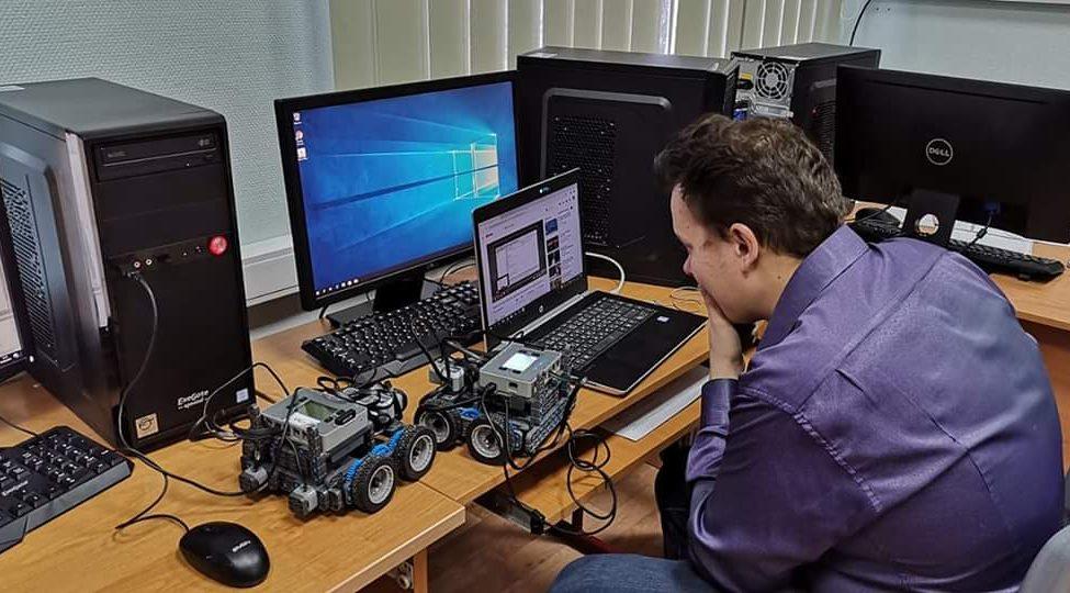 VEX IQ и VEX EDR — популяризация курсов по робототехнике