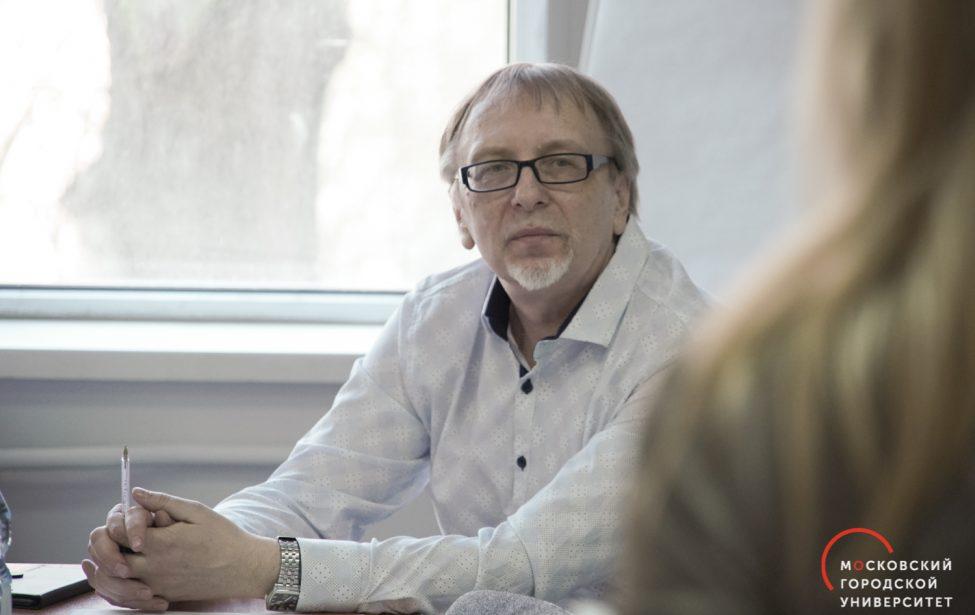 Дипломом за лучший доклад отмечено выступление педагога ИЦО в Троицке