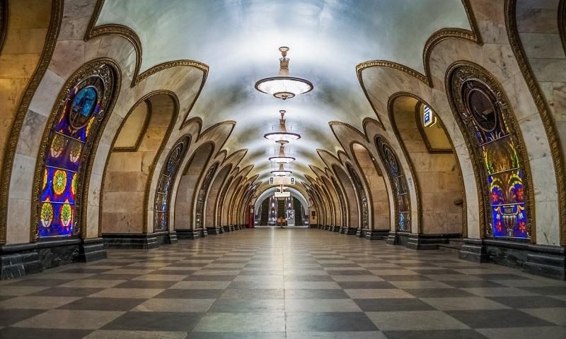 Москва. Прогулки по метро