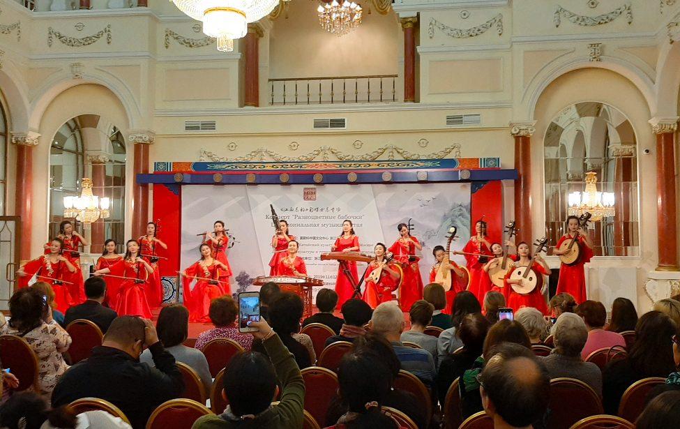 На концерте китайской церемониальной музыки