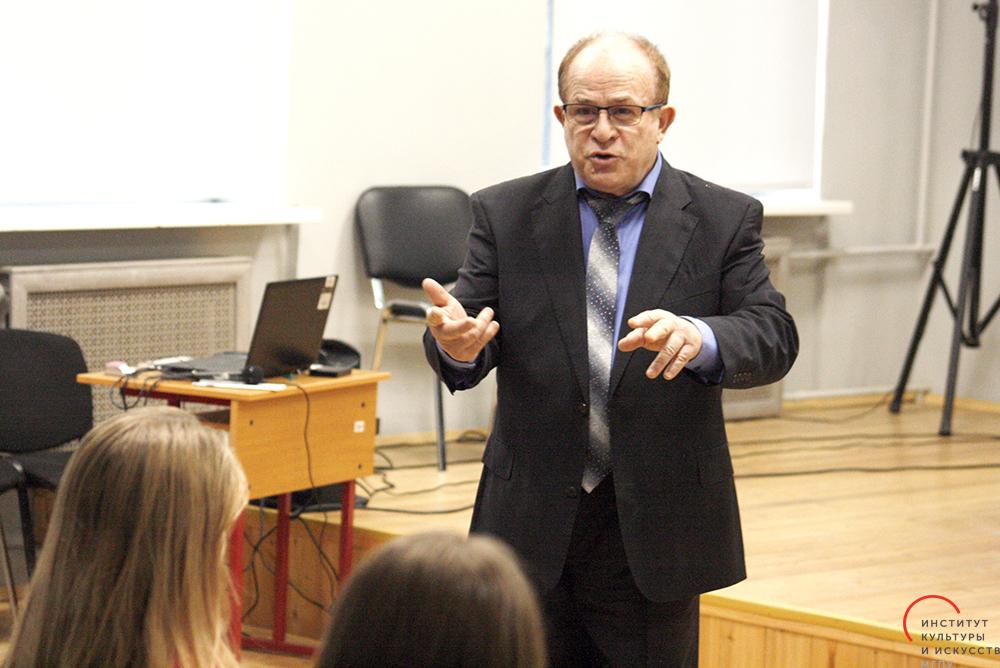 #КлассИКИ с Сергеем Новиковым: урок вокала