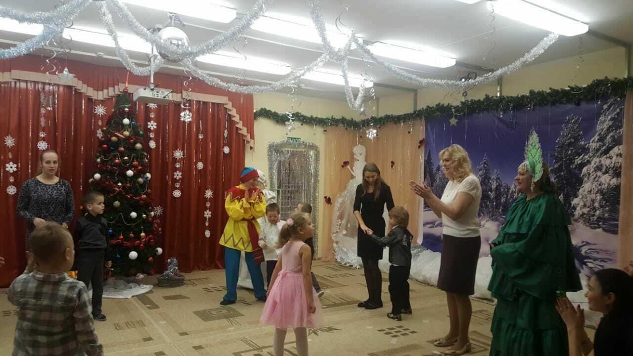 Новогодние праздники для дошкольников с ОВЗ