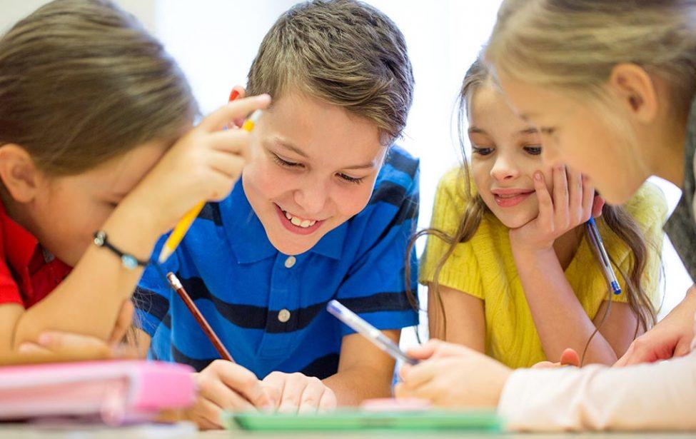 В Старт-ПРО разработали курс коррекции почерка для школьников 9-13 лет