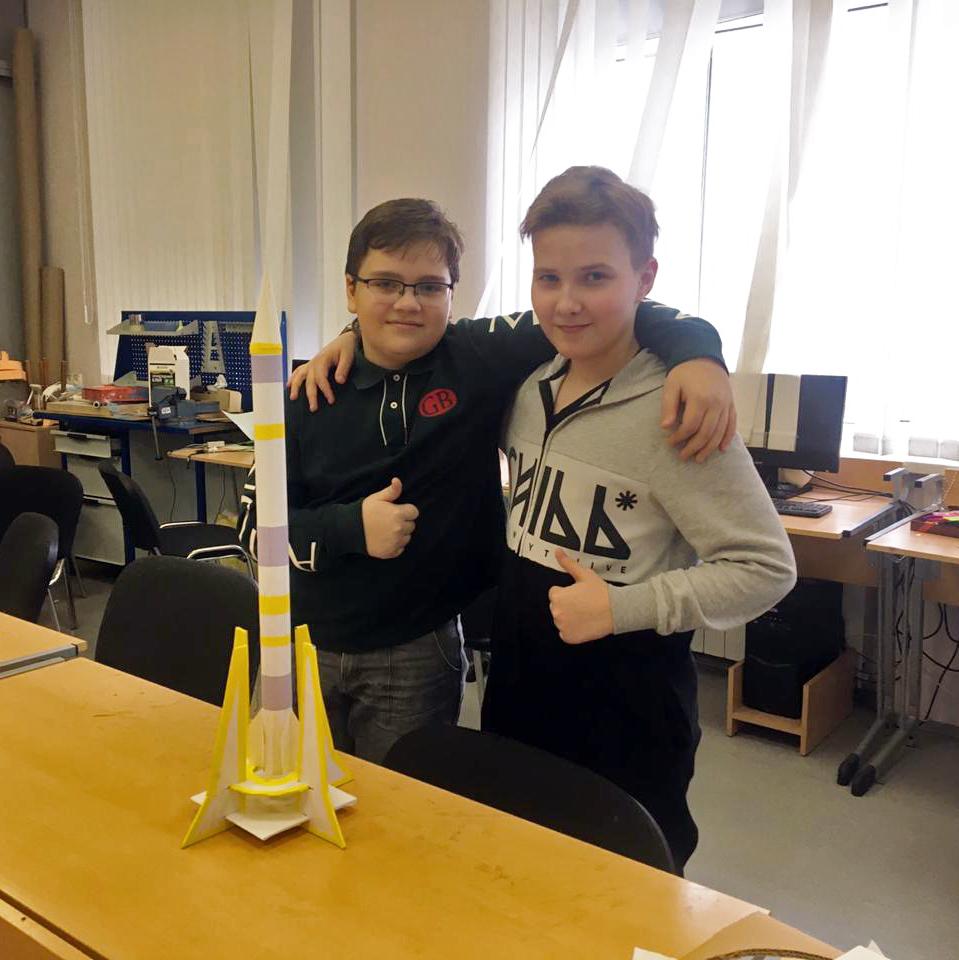 Ученики школы № 1525 подготовили проект Многоступенчатой ракеты