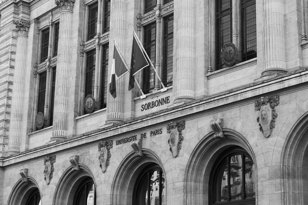 Магистранты ИИЯ продолжат обучение в Сорбонне (Париж)