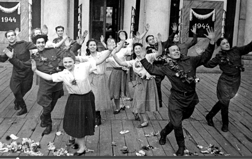 Практикум по эстрадному театру: «Фронтовые бригады»