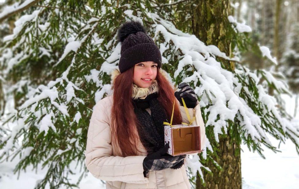 Студенты ИИЯ приняли участие вакции помощи птицам зимой