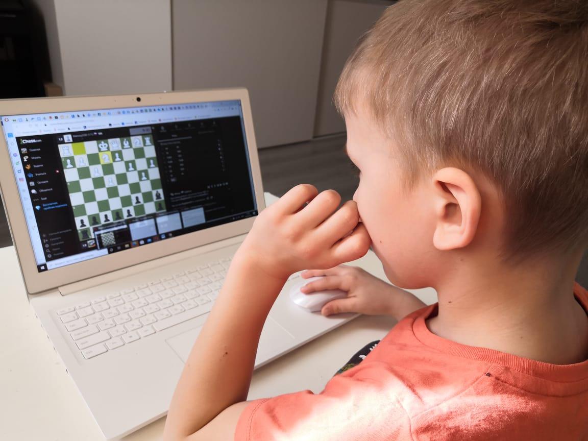 Итоги Online Детского Московского Кубка Анатолия Карпова побыстрым шахматам