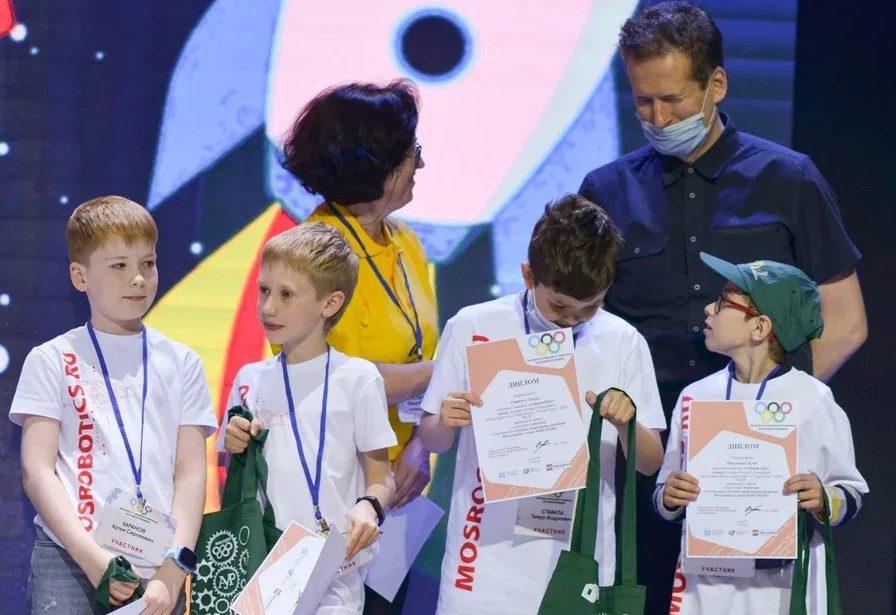 Наши дети стали призёрами начемпионате Москвы поWEDO